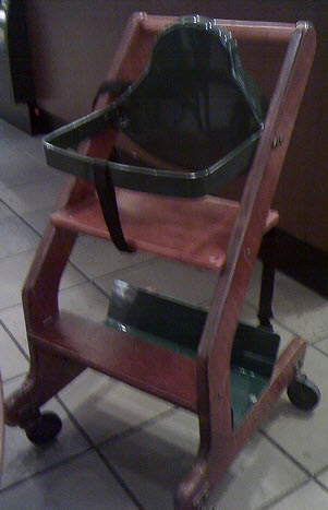 Starbucks Standard High Chair On Wheels
